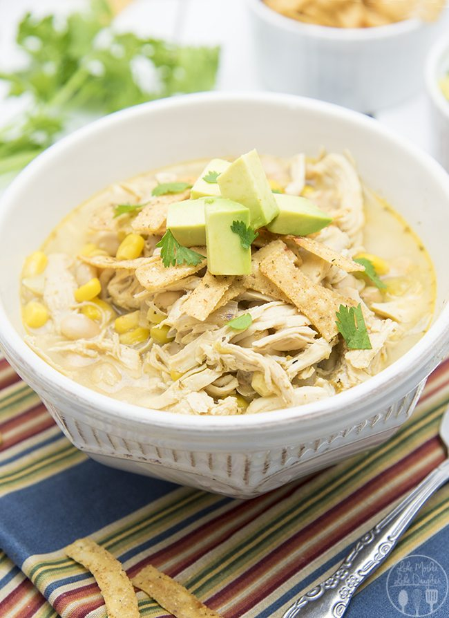 White Chicken Chili - This simple white chicken chili is packed full ...