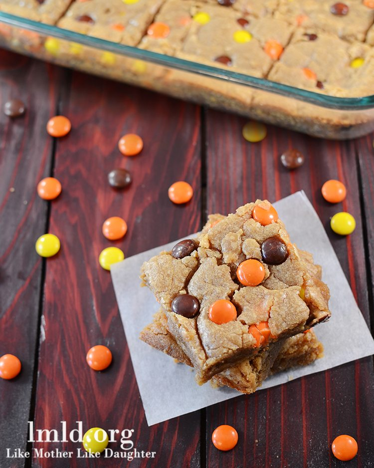 Reeses Pieces Peanut Butter Blondies