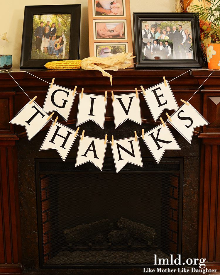 DIY Give Thanks Banner with Printable