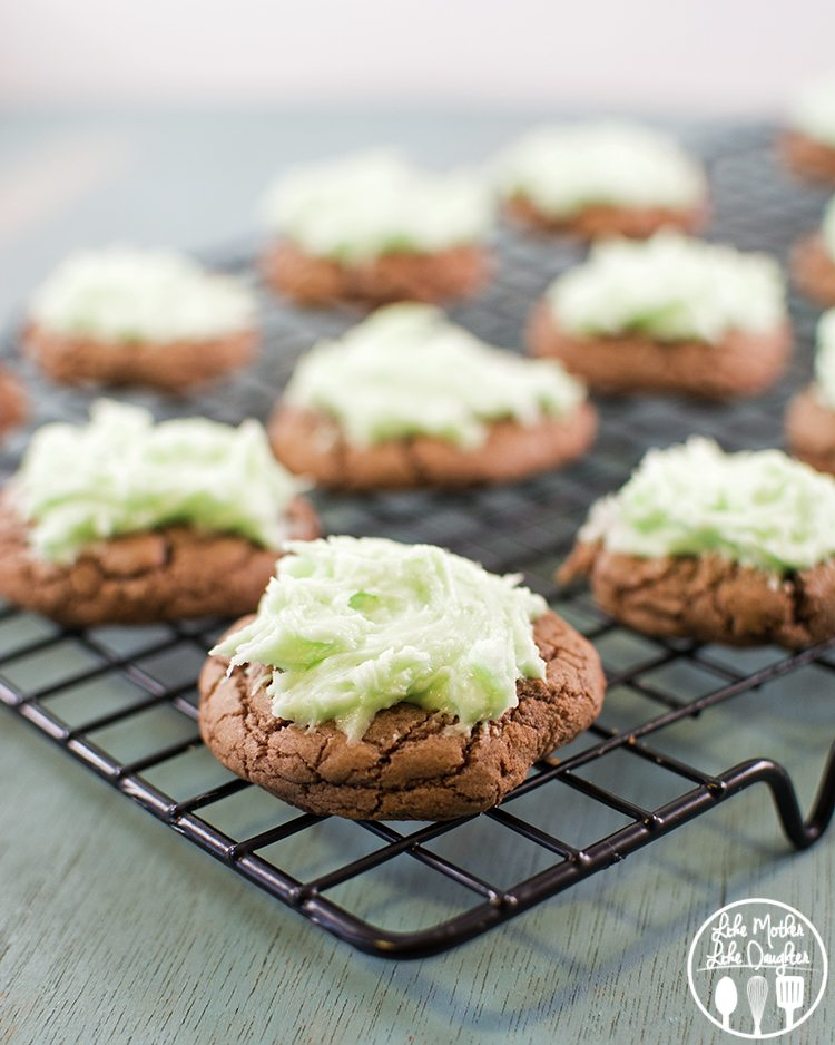 mint brownie cookies3