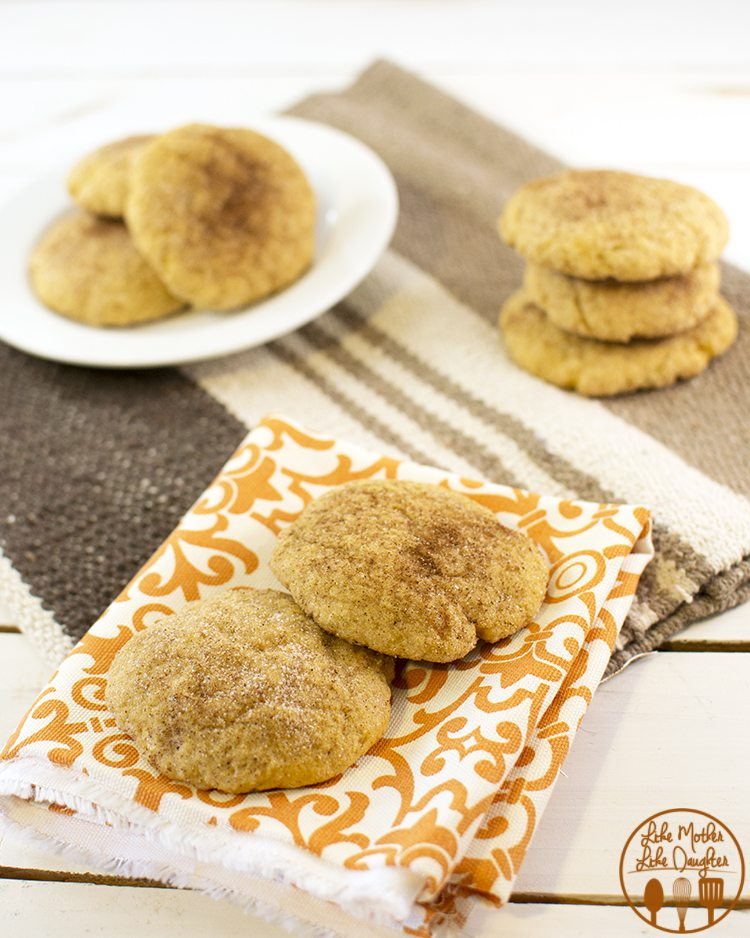 Pumpkin snickerdoodles - these are rhe perfect fall flavor cookies with their pumpkin and cinnamon sugar and so tasty.