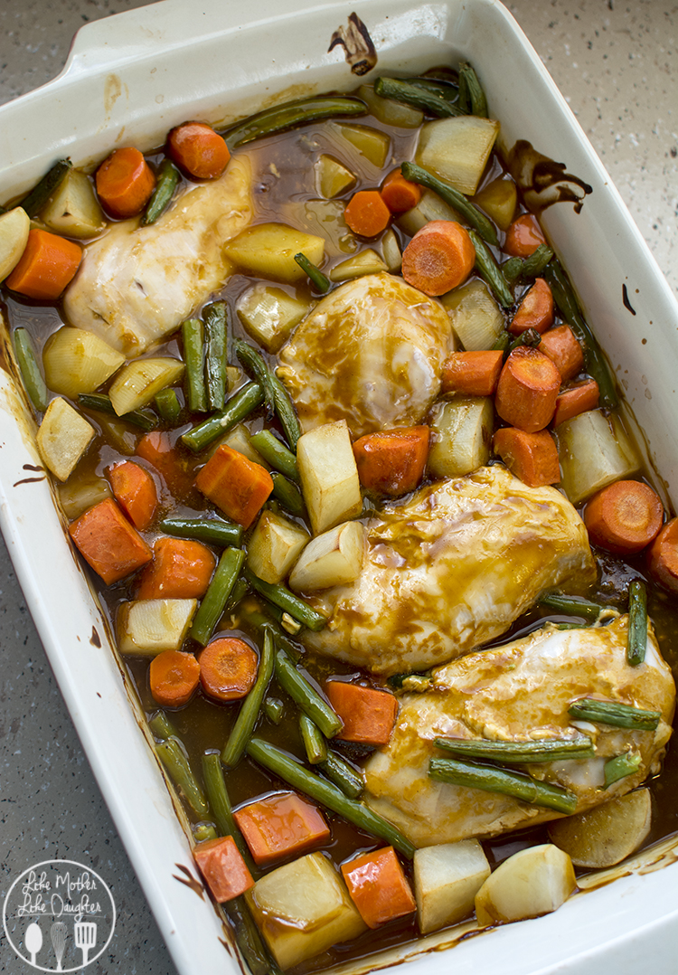 Easy oven roasted chicken breast lmldfood easy oven roasted chicken breast this delicious and easy oven roasted chicken breast meal is forumfinder Gallery