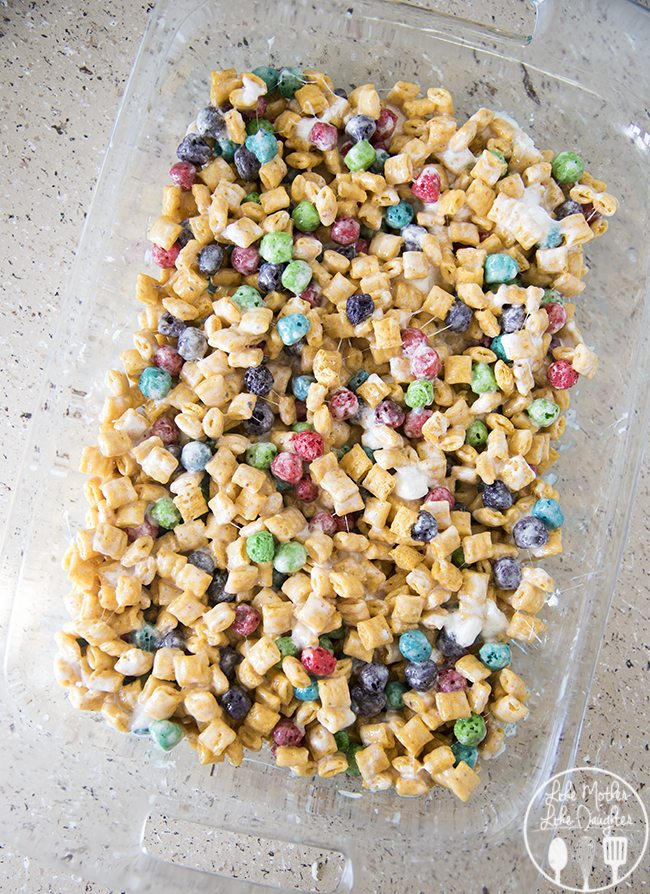 Captain Crunch Marshmallow Krispies - LMLDFood
