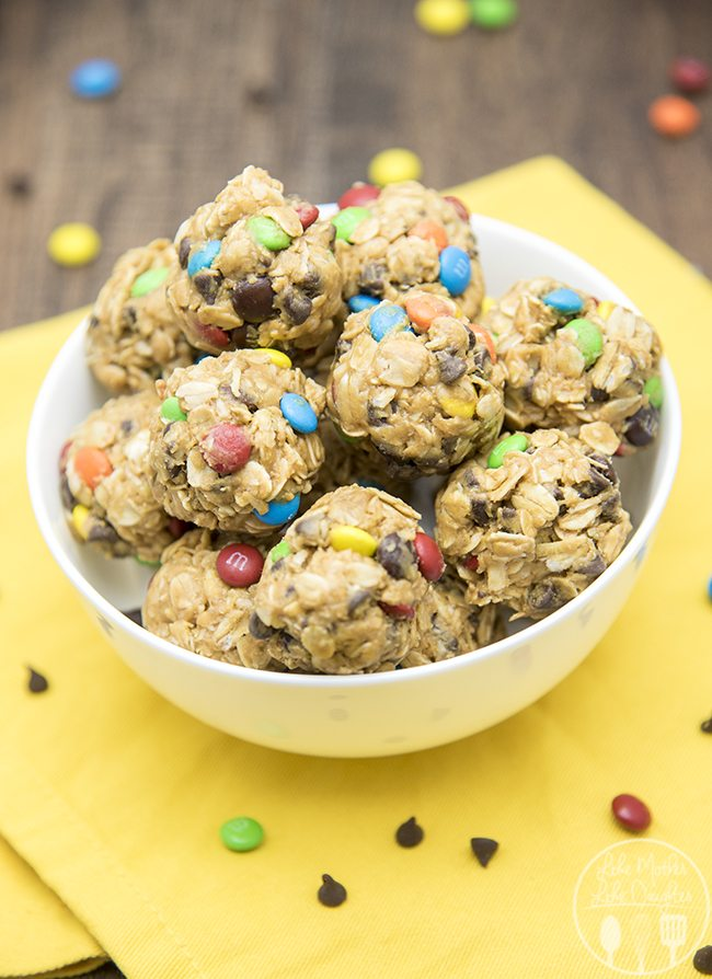 monster cookie granola bar bites 4