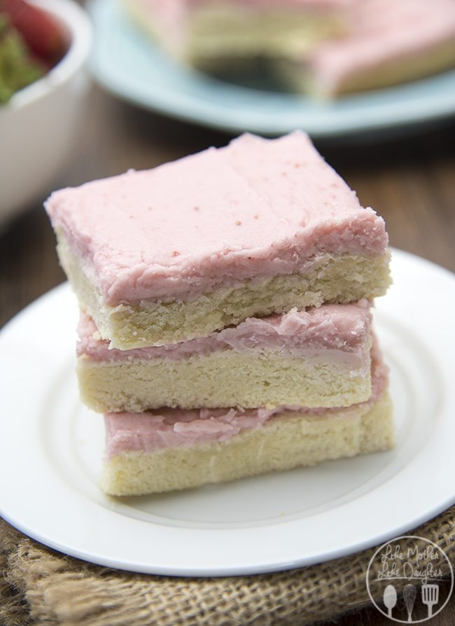 Strawberry Frosted Sugar Cookie Bars - LMLDFood