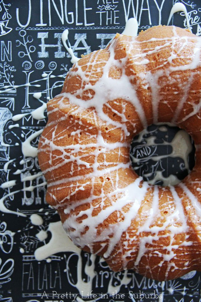 aEggnog-Bundt-Cake-with-Eggnog-Sugar-Glaze-3A-Pretty-Life