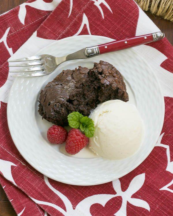 Slow-Cooker-Brownie-Dessert-1