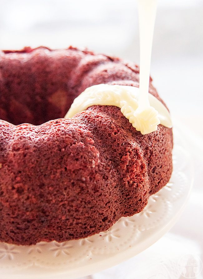 red velvet bundt cake cheese stuffed velvet bundt cake lmldfood 7014