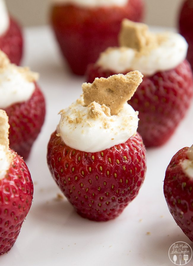 cheesecake stuffed strawberries 2b