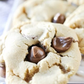 Amaretto Chocolate Chip Cookies