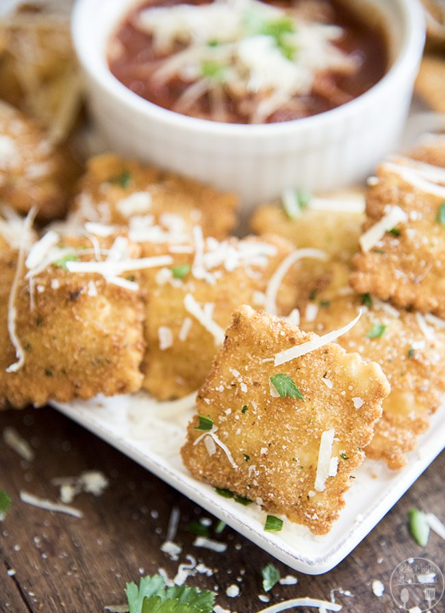 Toasted Ravioli- This crispy toasted ravioli is coated in bread crumbs and fried up for a perfect appetizer or dinner. Great served with marinara sauce for dipping!