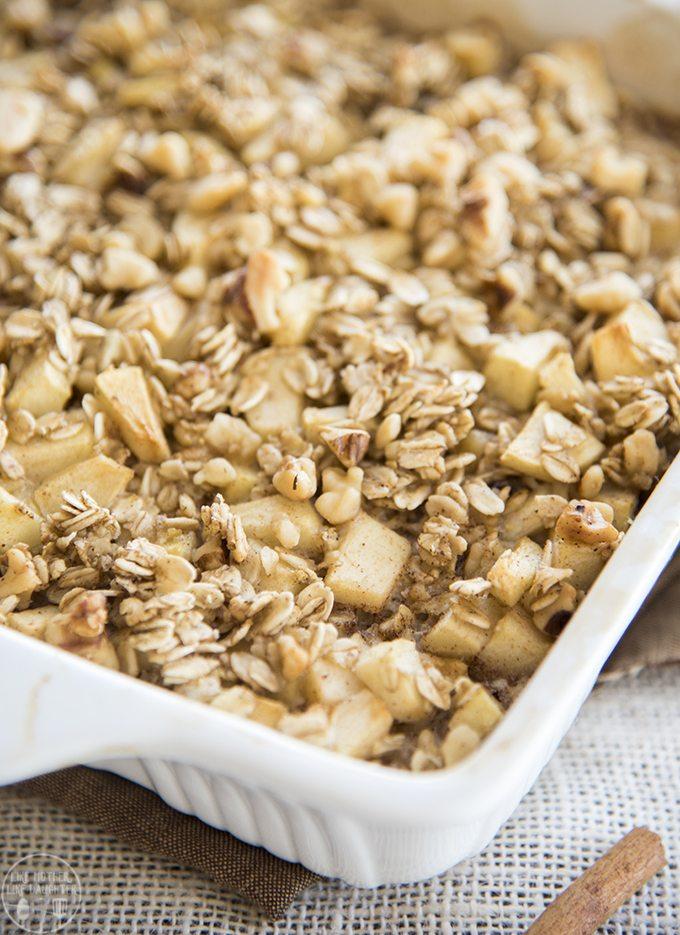 baked-apple-cinnamon-oatmeal-5