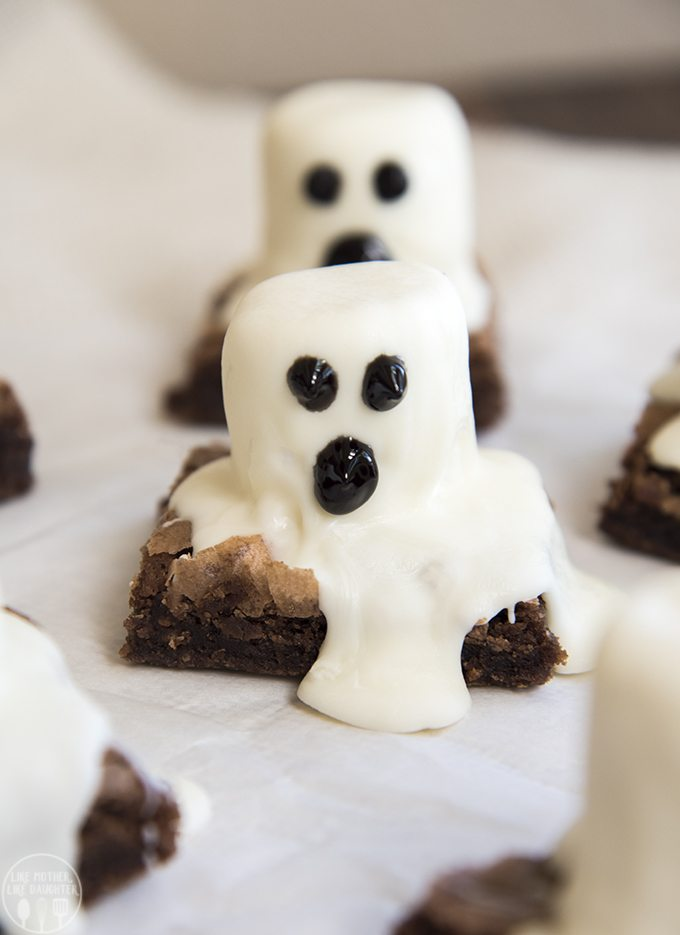 ghost brownies these spooky halloween ghost brownies are so easy to make for a fun