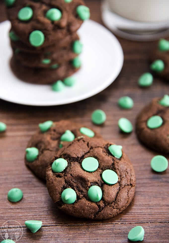 chocolate-mint-chip-cookies-6