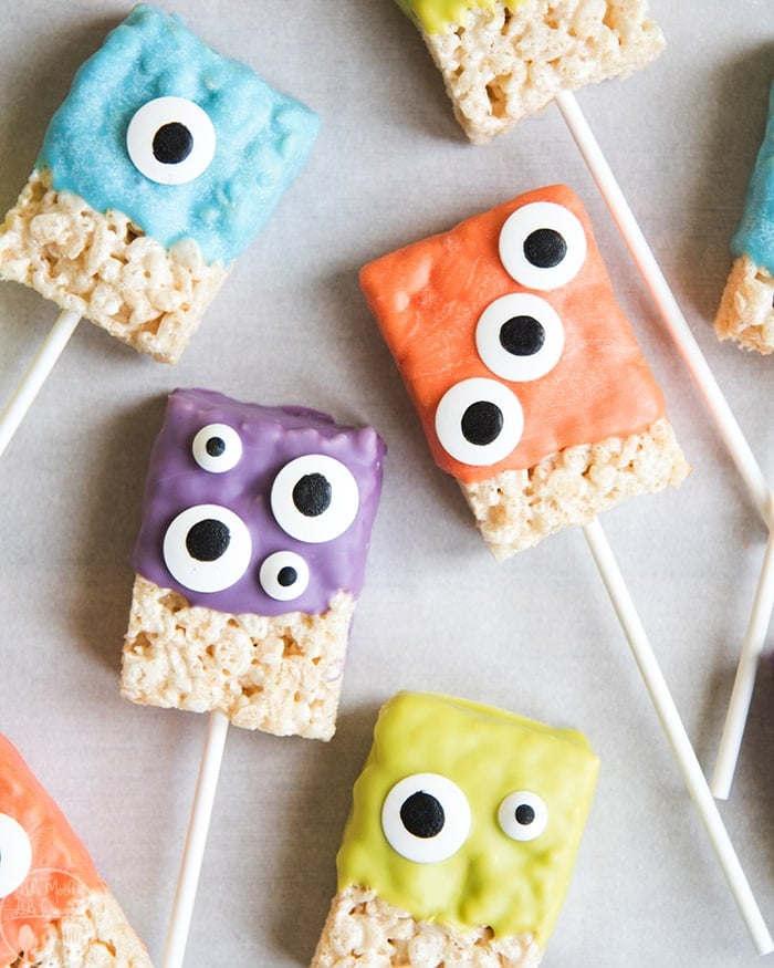 these monster rice krispie treats are the such a cute and festive halloween treat made with only 3 ingredients these halloween rice krispie treats are so