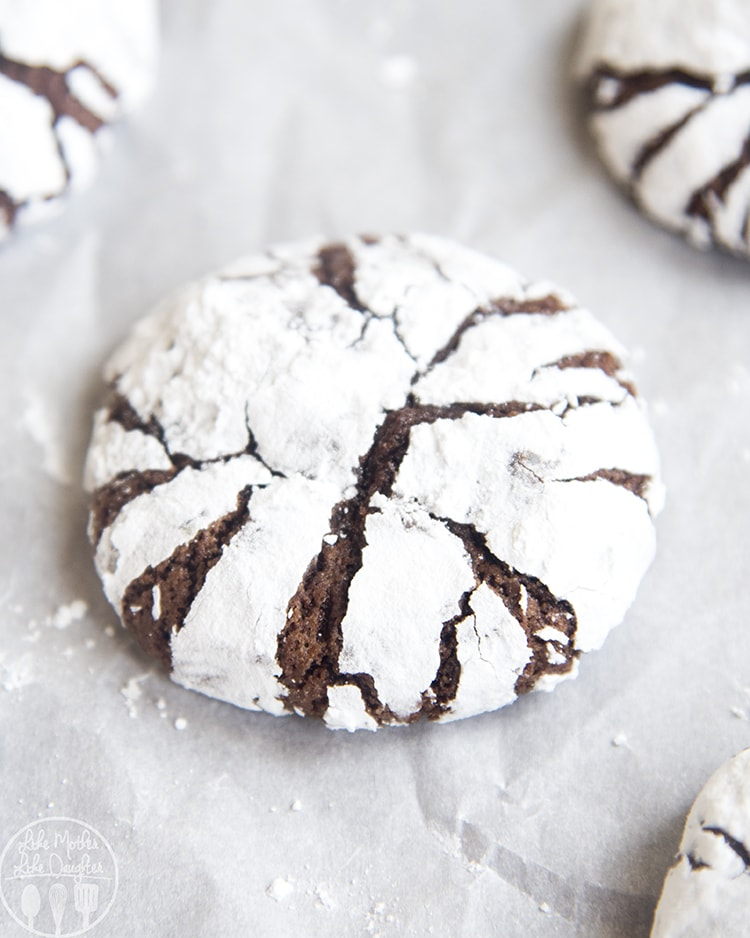 Chocolate Crinkle Cookies for the best Christmas cookies