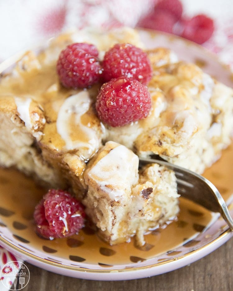 This cinnamon roll french toast casserole is perfect for breakfast in 30 minutes
